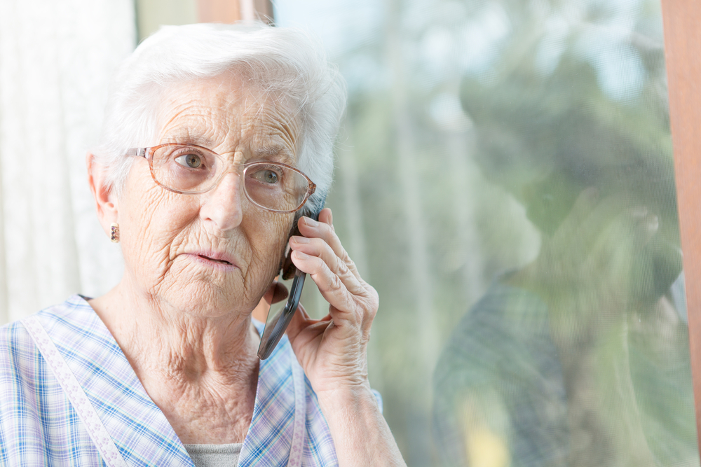 Staying Connected to Family Members in a Nursing Home When Visits are Banned