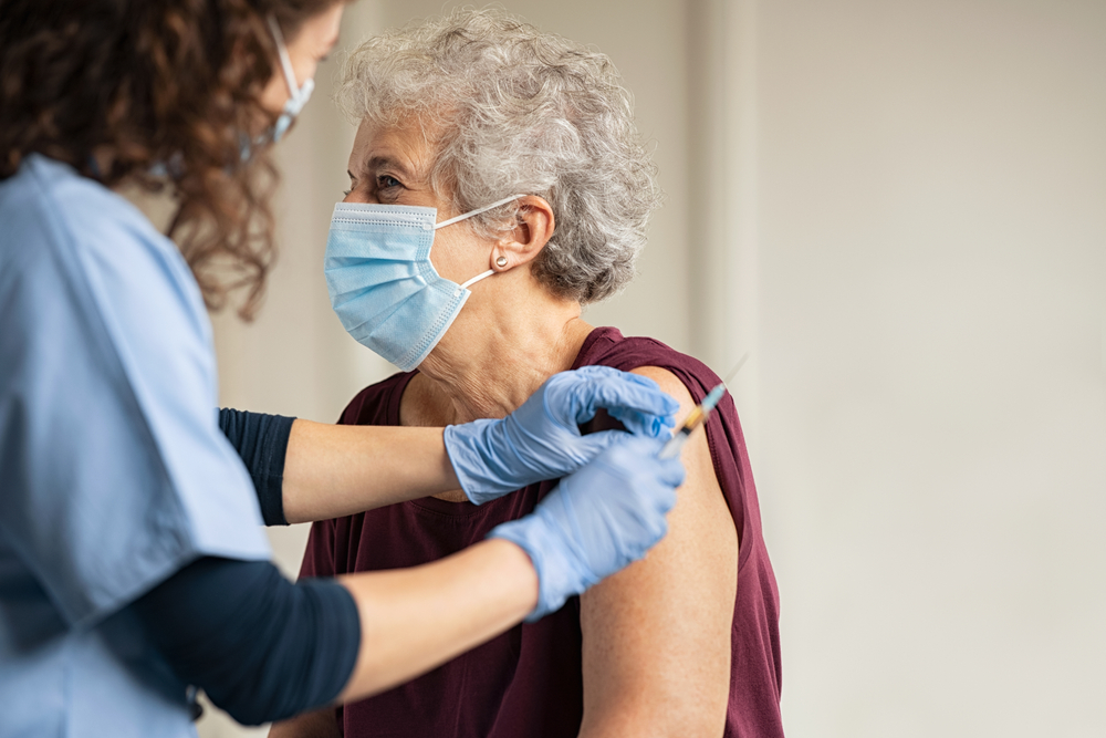 Can You Visit Nursing Home Residents After They are Vaccinated?
